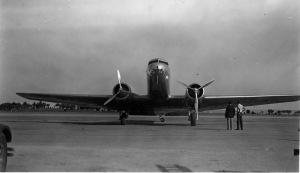 DC-2_headon